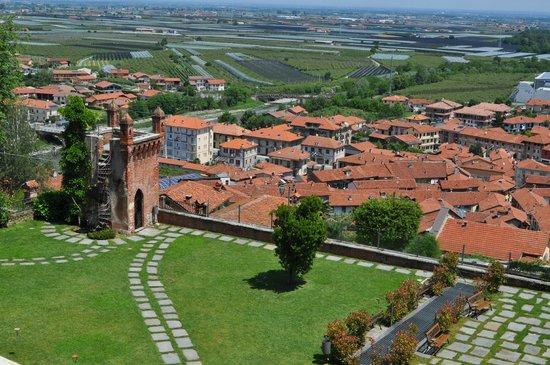 Castello Rosso : Panorama dal ristorante