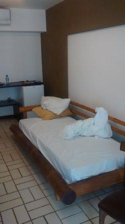 San Marino Maceio: Sofá cama - Um pouco barulhento, mas atende a uma boa noite de sono