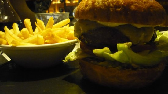 Brasserie Blanc Southbank: BEEF BURGER