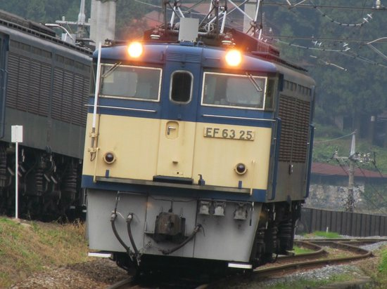 Usui Toge Railroad Cultural Village : かつての碓氷峠の主EF63