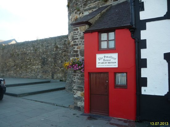 Smallest House in Britain: Домик