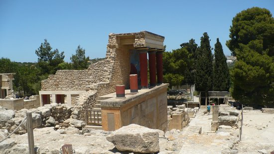 Revekka Rooms B&B: Knossos