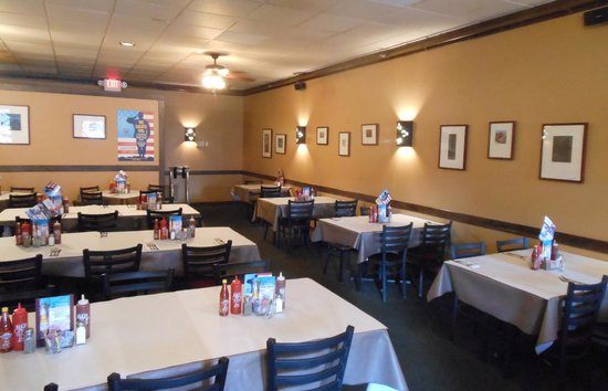 Wyoming's Rib and Chop House : Formal dining area