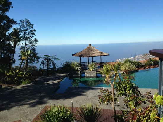 Choupana Hills Resort & Spa : pool and view