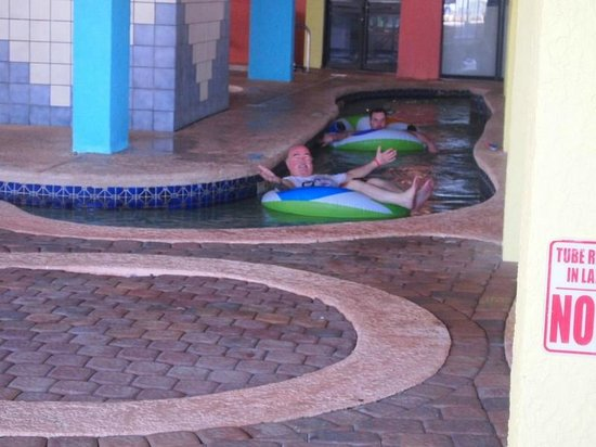 Captains Quarters Resort : Lazy River