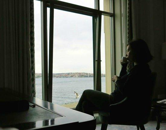 Shangri-La Bosphorus, Istanbul: кофе