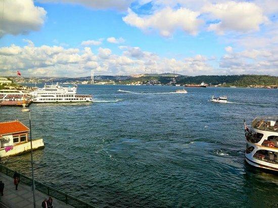 Shangri-La Bosphorus, Istanbul: Вид из номера