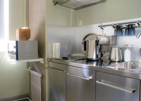 Hostel Club Chao, Mama: Апартаменты, кухня