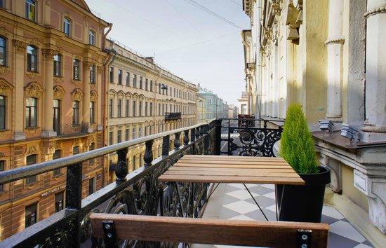 Hostel Club Chao, Mama: Балкон из апартаментов Гагарин