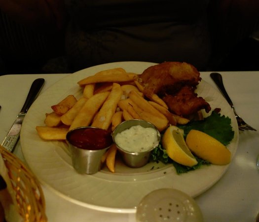 Brendan's Bar & Grill: Fish and chips