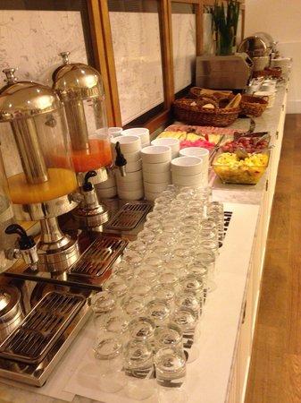 Hotel Pulitzer Buenos Aires: Breakfast