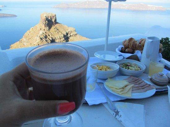 Astra Suites: Breakfast Room View