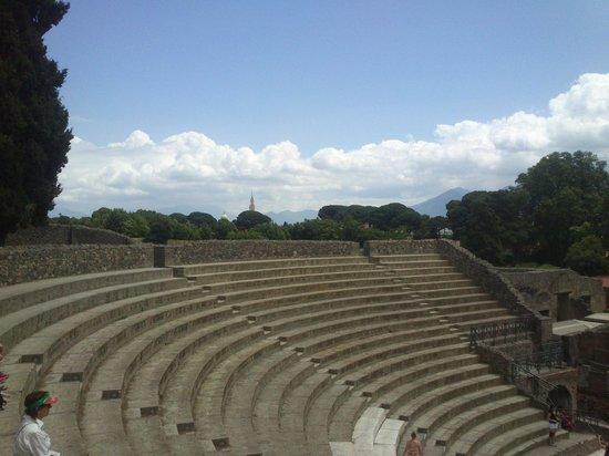 Hotel Correra 241: Pompeii