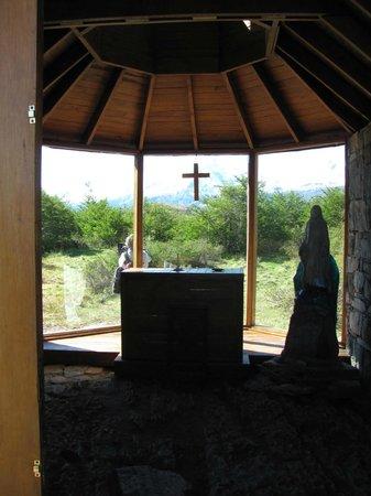 Estancia Cristina: Amo esta iglesia chiquita! inspira mucho!