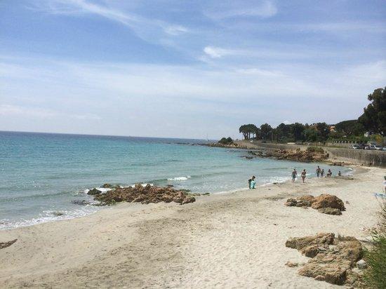 Cote Plage: vue sur la plage depuis la terrasse