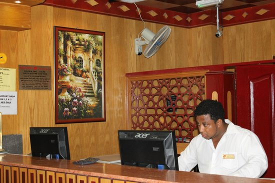 Sadaf Hotel: the rude receptionist who cheat.