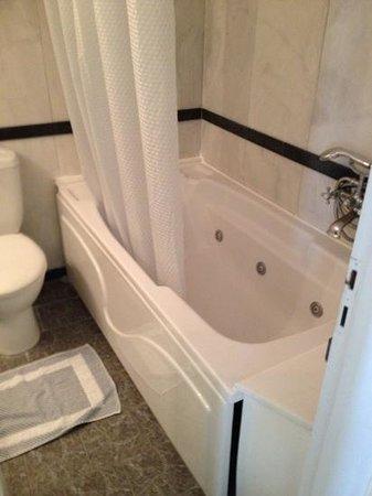 Andromeda Villas: Bathroom