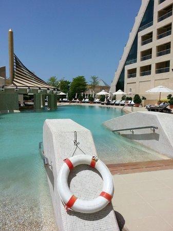 Raffles Dubai: The lovely pool area