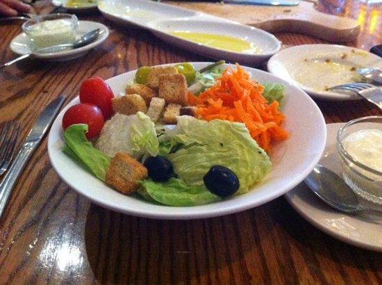 Montano's Restaurant: Great salad