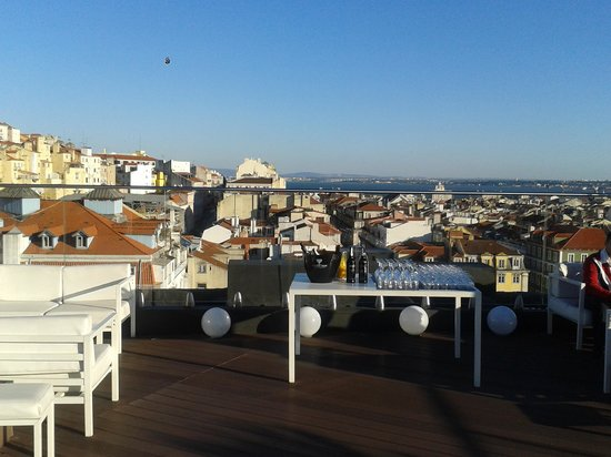 Hotel Mundial: View from the rooftop bar
