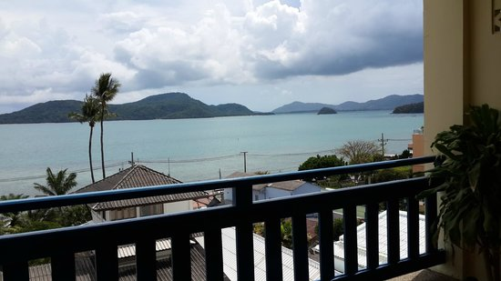 Kantary Bay, Phuket: ระเบียงชมวิวทะเล