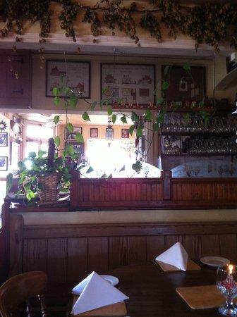 The Trooper Inn: Bar