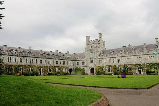 University College Cork (UCC) : Main University Building