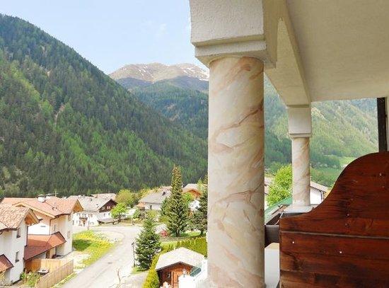 Falkensteiner Hotel & Spa Falkensteinerhof: Vista dalla camera II