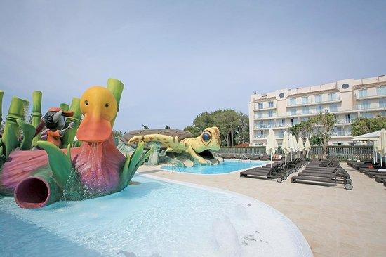 Splash! for kids at Aparthotel Playa de Muro Suites