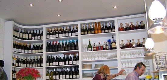 Huitrerie Regis : Ample wines.