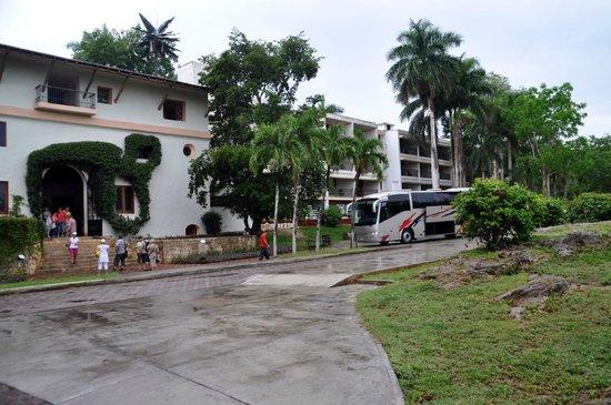 Hotel & Bungalows Mayaland : Main building