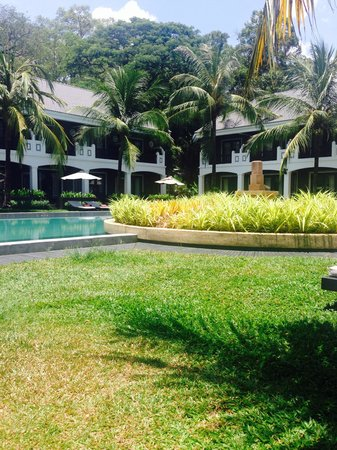 Shinta Mani Angkor: Resort side pool