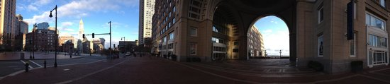 Boston Harbor Hotel: hotel front street view