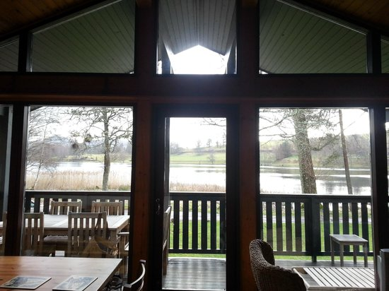 Loch Monzievaird Self Catering Lodges: View of the Loch from our Lodge