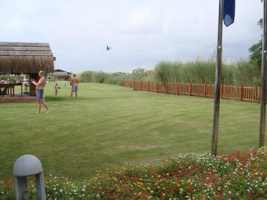 Gloria Golf Resort: Между пляжем и рекой