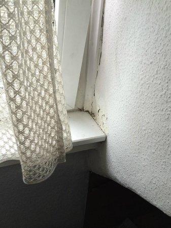 Galerie Hotel Eschweiler : not healthy