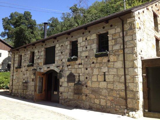 Buena Vista Winery: Historic tasting room