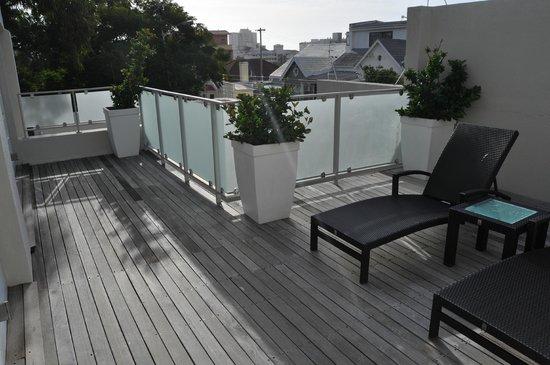 Glen Boutique Hotel & Spa: Private sun deck