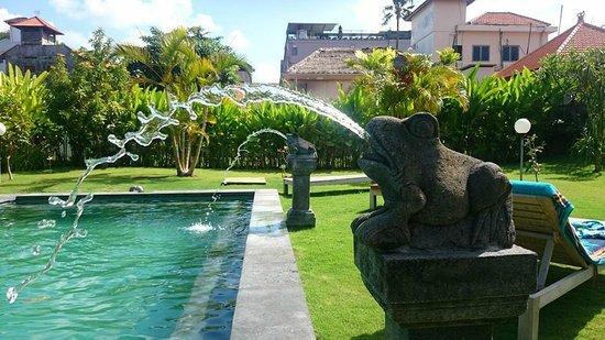Si Doi Hotel: Swimming pool