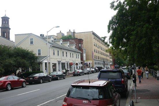 Hotel Veritas: street view