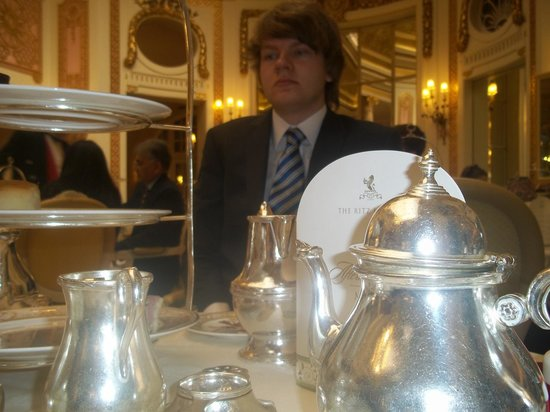 The Ritz London : Mmmm