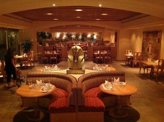 Hilton Hurghada Plaza: Hotellets a la carte restaurant