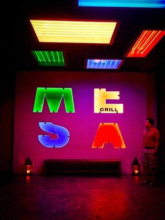 Mesa Grill : Entrance at Night