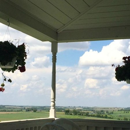 Galena Cellars Winery & Vineyard: Sitting on covered porch enjoying a glass of wine.