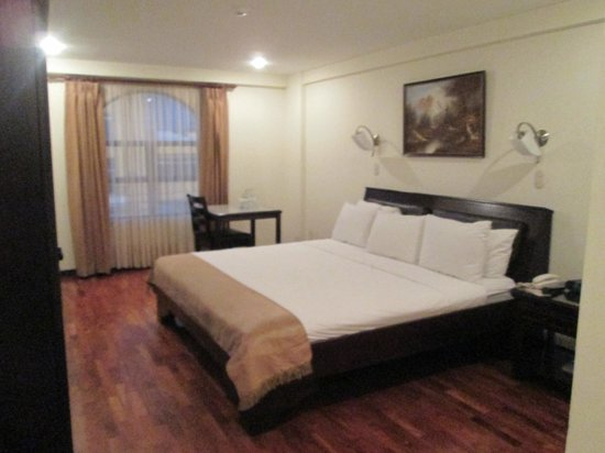 Hotel Plaza Real Apartments & Suites : Room #305