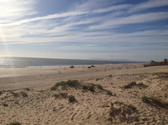 Aroeira Golf Resort : Deserted beach 2 mins away...