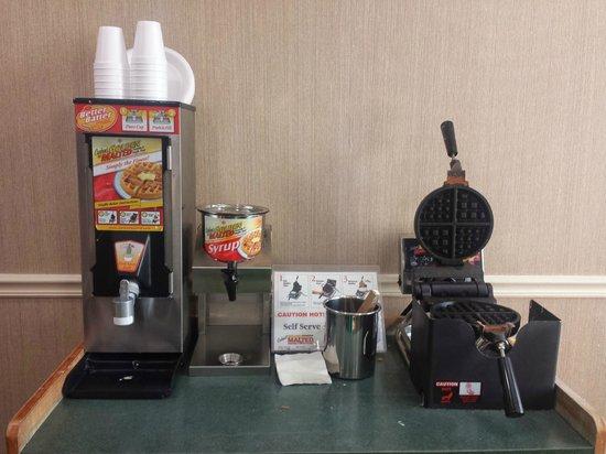 La Quinta Inn & Suites Sunrise Sawgrass Mills: maquina de waffle
