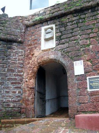 Reis Magos Fort: Fort Main Door