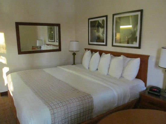 La Quinta Inn & Suites Sunrise Sawgrass Mills : cama