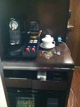 Archer Hotel New York: Wonderful Nespresso amenity in-room